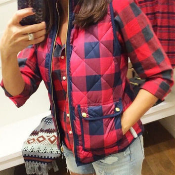 Red Plaid Zippered and Pocket Design Vest