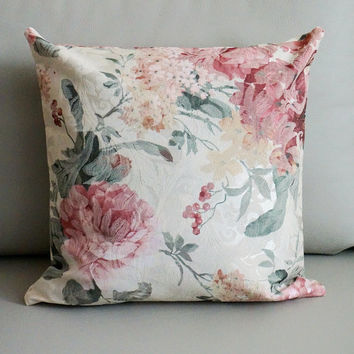 SALE Romantic Ivory Floral decorative throw pillow covers Country floral throw pillows shabby chic pillows Rose Home Deco christmas gift