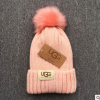 UGG Trending Fashion Casual  Knit And Pom Hat Cap Warm Woolen Hat Pink