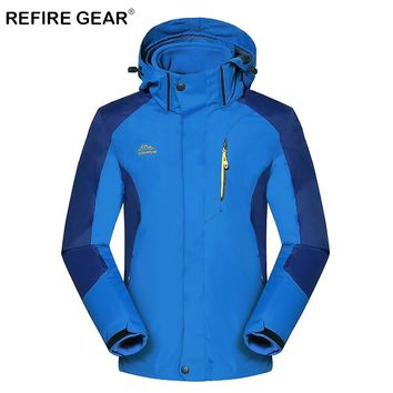 ReFire Gear Autumn Warm Windproof Waterproof Hiking Jacket Men Breathable Thermal Hooded Outdoor Jacket Winter 3 In 1 Sport Coat