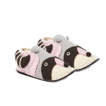 Raccoon Slippers Adult Medium - Silk Road Bazaar