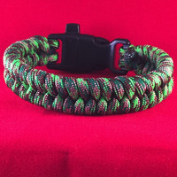 Poison Ivy Fishtail Paracord Bracelet with emergency Whistle Buckle
