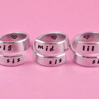 big sis/mid sis/ lil sis - Hand Stamped Spiral Rings Set, Personalized Sisters Rings - US