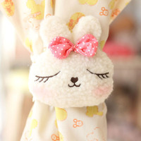2pcs Kawaii Cute Animal rabbit/panda/cat Curtain Buckle Tiebacks Holder Window Drapery Hooks Cute Curtain Tieback Fastener Poles