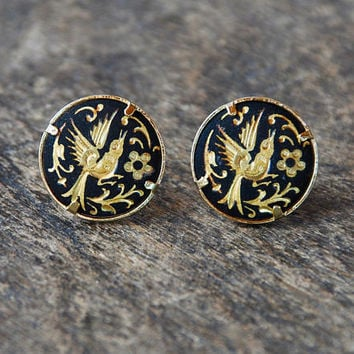 Vintage Damascene Pierced Earrings Round Etched Bird Floral Gold Tone Black 1980's // Vintage Costume Jewelry