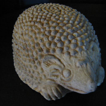English Hedgehog Hand Crafted High Relief Sculpture Home Decor