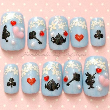 Kawaii nails, sweet lolita, fairy kei, gothic, alice in wonderland, 3D nails, Japanese nail art, pastel