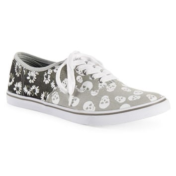 Aeropostale Womens Skull Floral Low-Top Sneakers - Black,