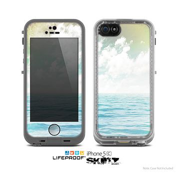 The Paradise Vintage Waves Skin for the Apple iPhone 5c LifeProof Case