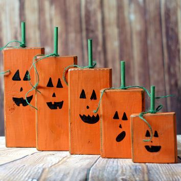 Wood Family Pumpkins, Rustic Halloween