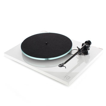 Rega: Planar 3 Turntable - White / Without Catridge