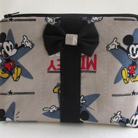 Mickey Makeup Bag / Disney Cosmetics Pouch / Mickey Mouse / Vintage Inspired Make Up / Cosmetic Clutch