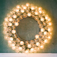 Bright Bulbs Wreath