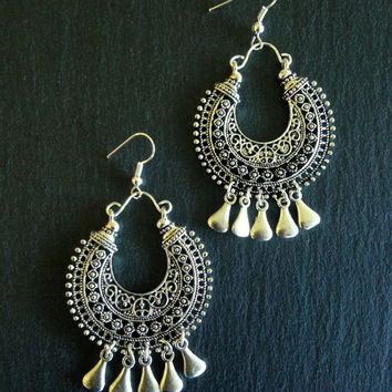 Ethnic earrings • Tassels • Bohemian earrings • Tribal earrings •  Gypsy earrings • Silver dangle earrings