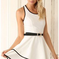 Party dresses > White Textured Dress with Black Lining