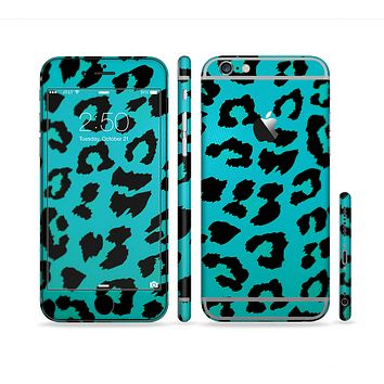 The Hot Teal Vector Leopard Print Sectioned Skin Series for the Apple iPhone 6s Plus