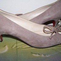 CHRISTIAN LOUBOUTIN Womens Taupe suede low heel shoes sz 9-39