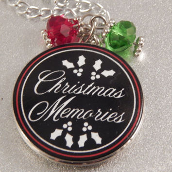 Christmas Memories Locket, jewelry gift for mom, grandmom, nana, mimi - holiday necklace - moms first Xmas - holiday photo - from grandkids