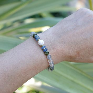 'Renewal' Cloudy Quartz, Kyanite, and Howlite Bracelet