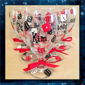 Vegas, Baby! - glitter glasses - pilsner glass - champagne glasses - wine glasses - bridal party glasses - wedding party glasses