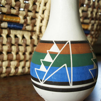 SIOUX TRIBAL GEOMETRIC Pottery /// Southwest by ACESFINDSVINTAGE