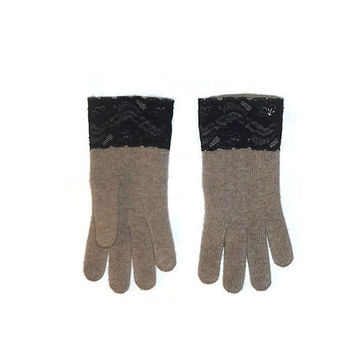 Beige Tan Gloves Knitted Wool Cashmere Womens Winter Fashion Accessories with Black Lace and Silver Skull Studs