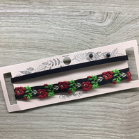 Rose Thorn Choker