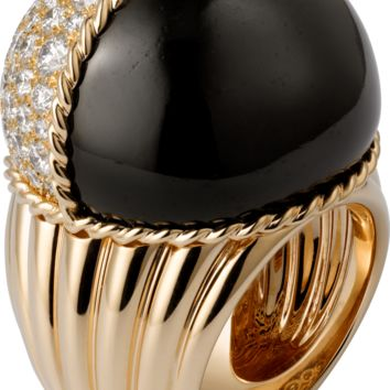 Paris Nouvelle Vague ring: Paris Nouvelle Vague ring, 18K pink gold, set with a black jade and 93 brilliant-cut diamonds totaling 3.58 carats.