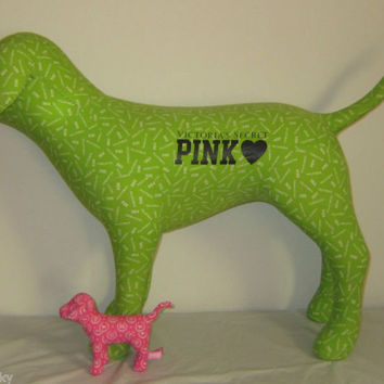 ❤HUGE❤ LARGE ❤RARE❤ VICTORIA SECRET PINK ❤2011 PELOTONIA ❤LARGE DISPLAY DOG RARE
