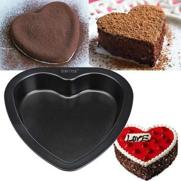 CREYLD1 7-inch Heart-shaped Cake Mold Baking Tools For Cakes Carbon Steel Non Stick Bakeware Bread pizza Cake Pan kitchen accessories