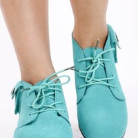 MINT FAUX SUEDE LACE UP POCKET ACCENT ROUND TOE FLATS