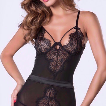 Sultry Lace Chemise Set