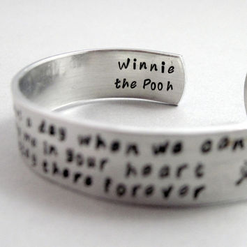 Winnie the Pooh quote bracelet - Keep Me in Your Heart - Aluminum cuff - Customizable