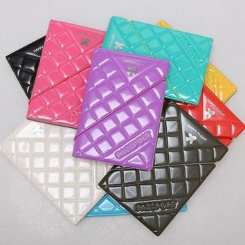 DCCKU62 1pc PU Patent Leather Rhombus Design Passport Holder Passport Cover Documents Bag Travel Card Holder Case