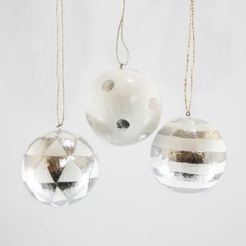 Silver Pattern Ball Ornament