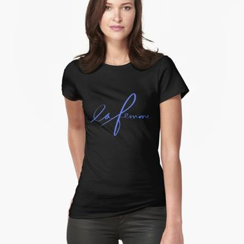 "'""la femme"" hand drawn typography' T-Shirt by BillOwenArt"