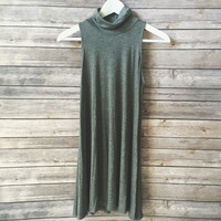 Staple Mock Neck Dress (Charcoal)