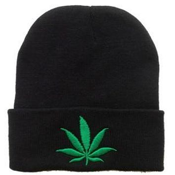 Free Shipping 2017 New Fashion Men Women Winter Hip Hop Punk  Black Weed Leaf  Beanie Hats
