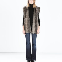 Fur gilet with knit lining