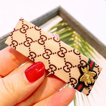 GUCCI Women Fashion New Embroidery Bee Stripe More Letter Hair Clip Beige
