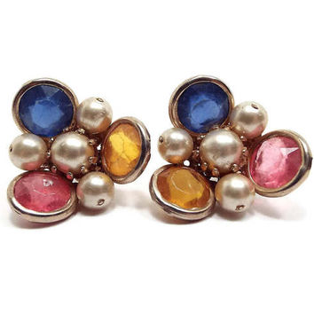 Vintage Faux Pearl Clip on Earrings Multi Color Rhinestone Light Gold Tone Cluster Beaded Mid Century Mod Jewelry