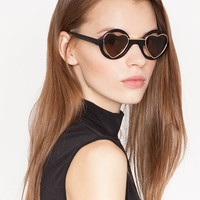 Heart shape sunglasses - Shop the latest Fashion Trends