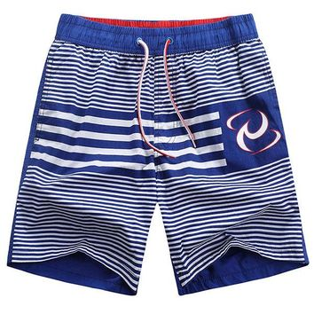 Hawaiian Style Holiday Seaside Quickly Dry Icy Breathable Beach Shorts for Men
