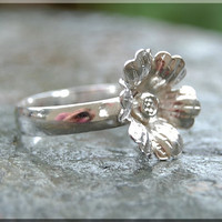 Cosmos Flower stacking ring Sterling Silver Flower Ring Stacking Jewelry Flower jewelry Spring Jewelry Botanical Jewelry Flower stacker