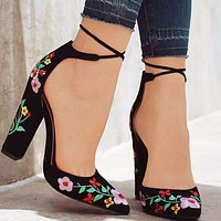 Hot Selling Large Size of Women's Foreign Trade in Point Embroidery, Grinded Coarse-heeled Sandals Black