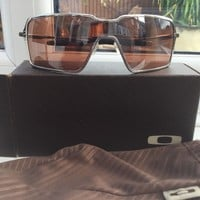 mens oakley sunglasses