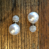 Peek-a-Boo Earring- Pearl Studded and Pearl