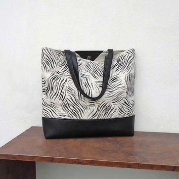 White painted bag, bag black and white, canvas tote bag, large daily bag, geometric tote bag, sport bag, cotton and leather bag, big purse