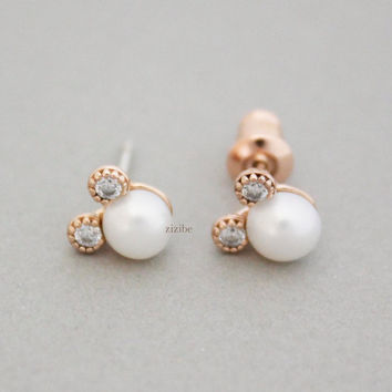 Pearl Mickey Mouse detailed with CZ Stud Earrings, E0861S