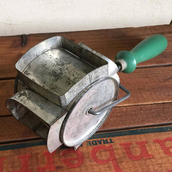 Vintage Green Handle Biscuit Cookie Pastry Cutter Roller - Spade, Diamond, Heart, Club / Rustic Primitive Farmhouse Decor / Kitchen Utensil